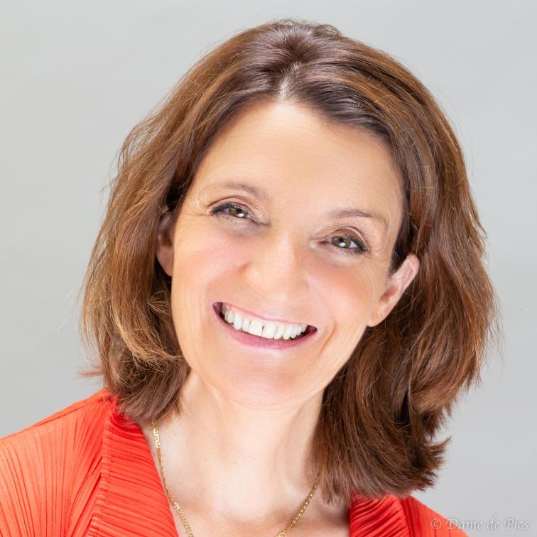 Véronique, Présidente VeniseBoticelli.com